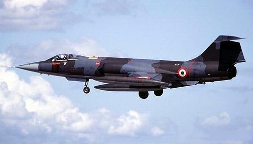 Lockheed F-104  Starfighter Многоцелевой истребитель